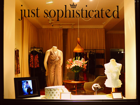 just sophisticated - Erste Adresse für Business- und Abendmode in Hamburg - Ferdinandstrase 6